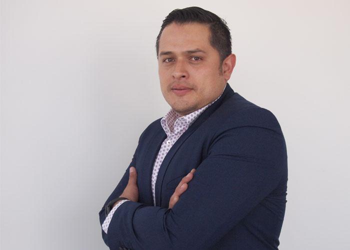 Edgar Almazán