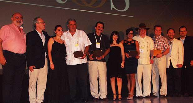 CompuSoluciones premió