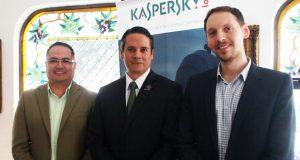 Voytov, Valladares y Martínez