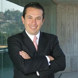 Luis Flores HPE