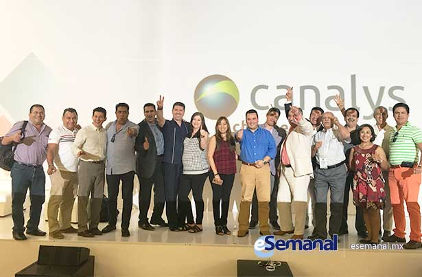Canalys-2016-13