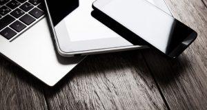 Un estudio desarrollado por Ipsos a pedido de Intel, reveló qué tipo de dispositivos tecnológicos son los preferidos de los Millenials. Según la encuesta, 56% de los posibles compradores de tecnología en México son Millenials y 92% de ellos quieren comprar un dispositivo tecnológico para estas fiestas.
