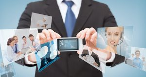 En tour mundial de Salesforce en Sídney, Deloitte Digital anunció el lanzamiento de DigitalMix, una plataforma digital de ecosistema de cliente que ofrece una experiencia omnicanal personalizada a través de los canales de contacto con el cliente.