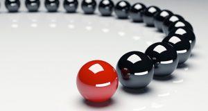 De acuerdo a un comunicado, la estrategia tiene la finalidad de unir tecnologías para crear soluciones que aprovechen la inteligencia artificial (IA). Se explicó que IBM Watson y Salesforce Einstein se conectarán para ofrecer interacción con el cliente en las áreas de ventas, servicios, marketing, comercio, entre otras.