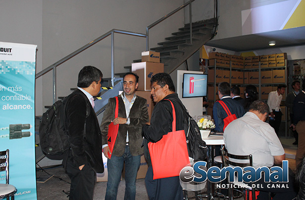 Axis-Solutions-Conference-22