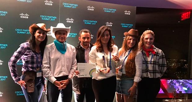 Partner del Año a Comstor Latinoamérica y Distribuidor del Año a Comstor México, fueron los reconocimientos otorgados por Cisco durante su reciente Partner Summit 2017, que tuvo lugar la semana pasada en Dallas, Texas.