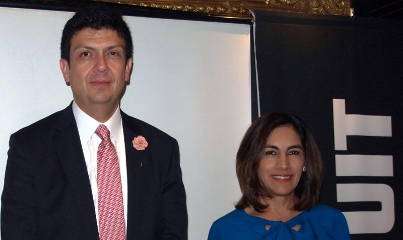 Kaleb Ávila y Gabriela Meraz